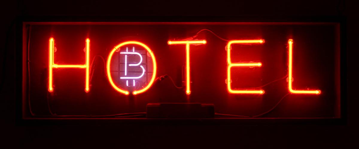 rezervați hotel cu bitcoin cum să tranzacționați btc usd pe mt4
